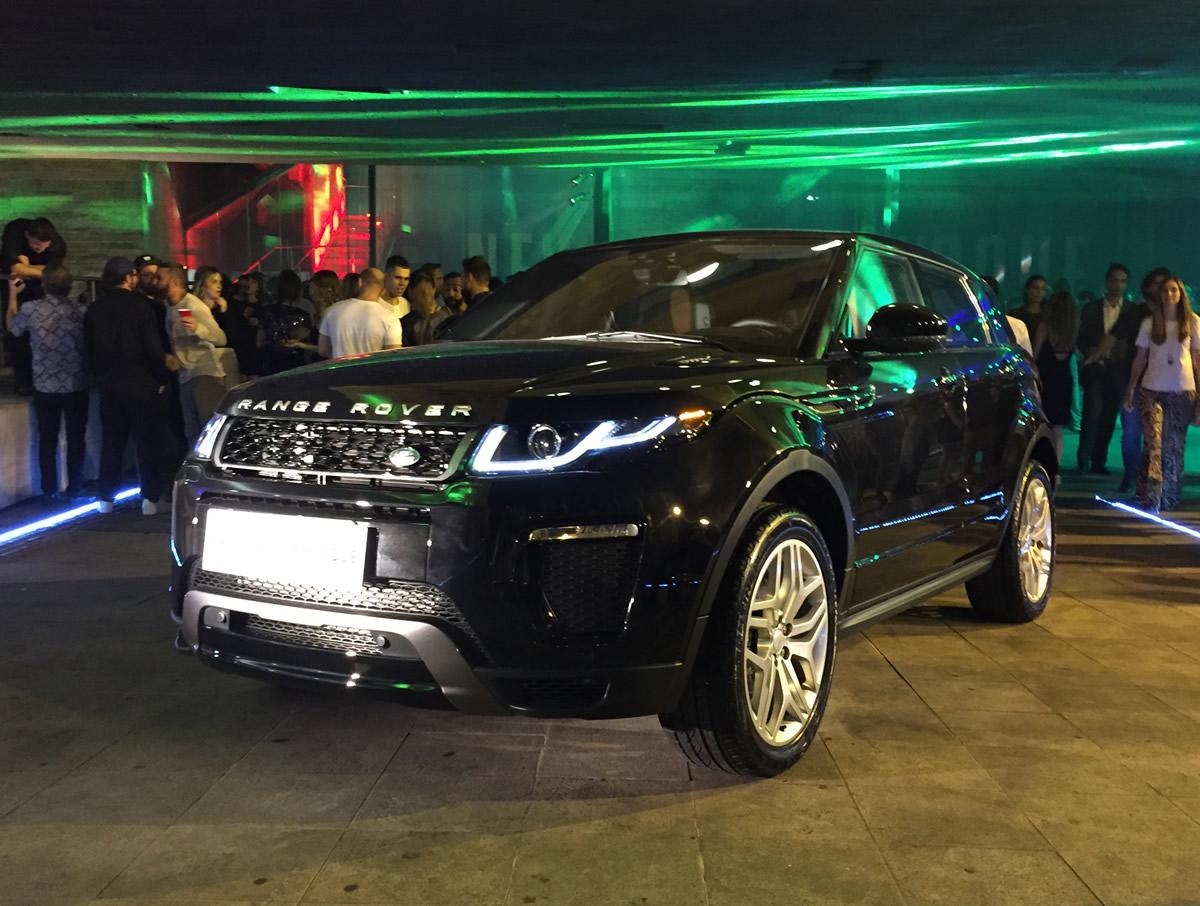 35dcc9f2a0f05 Range Rover Evoque chega às concessionárias por R  224 mil
