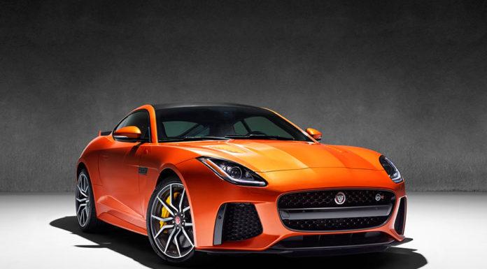 Jaguar F-Type SVR será apresentado ao público brasileiro no Salão do Automóvel de São Paulo
