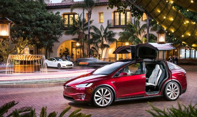 Tesla Model S sedã