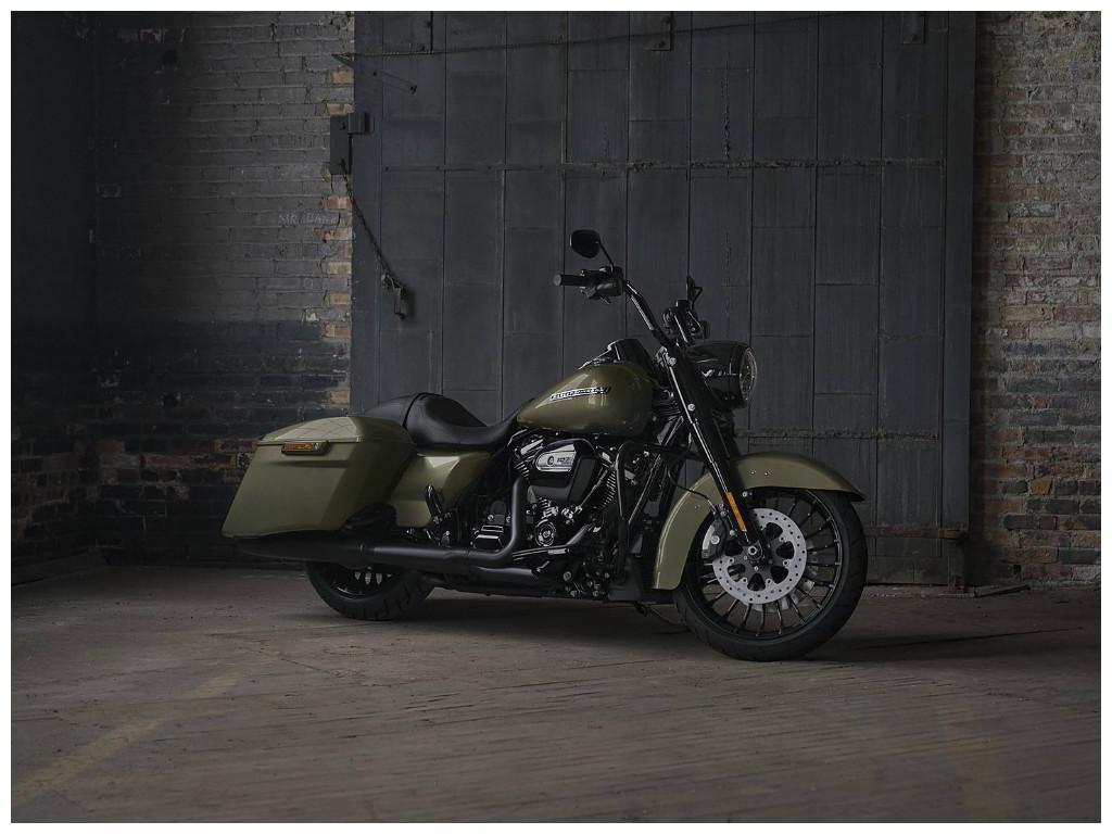 Harley Davidson Apresenta Road King Special Confira