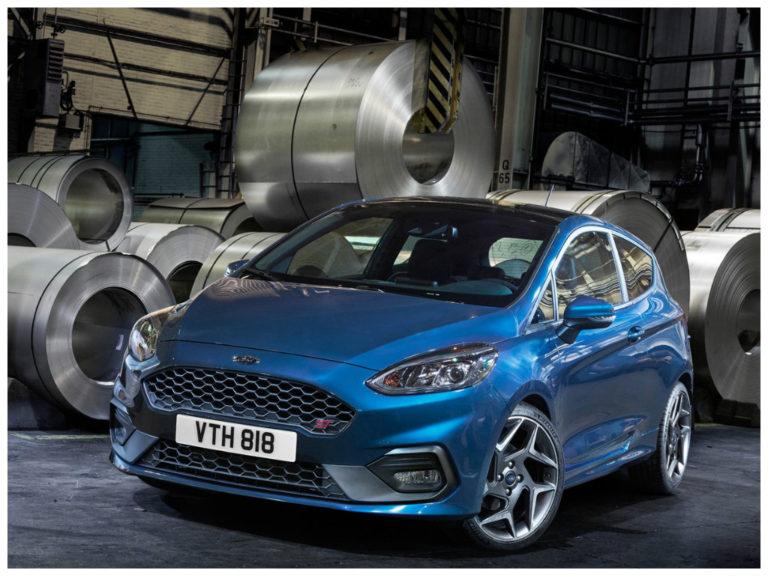 Ford Fiesta ST é revelado com motor turbo de 200 cavalos