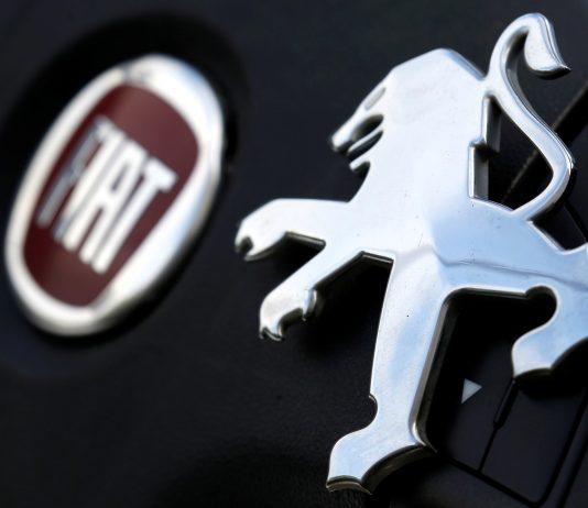 FCA, dona da Fiat, e PSA, dona da Peugeot, avançam em negociação de fusão — Foto: Regis Duvignau/Reuters