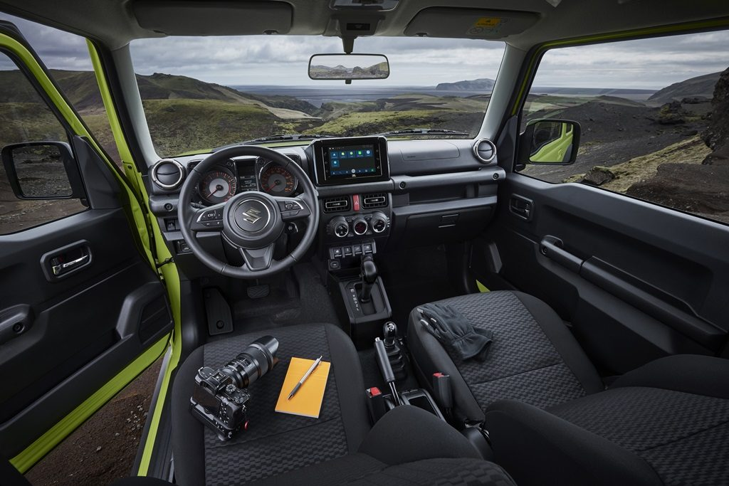 Interior do Suzuki Jimny Sierra