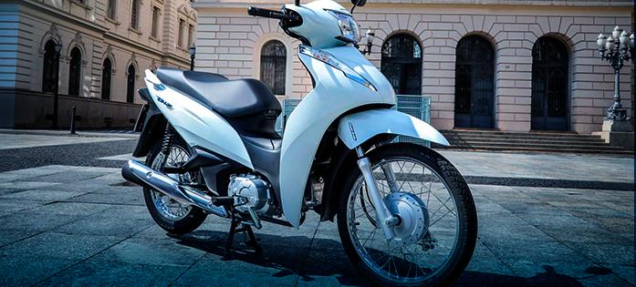 A Honda Biz 110i é uma das melhores motos para trabalhar com entregas