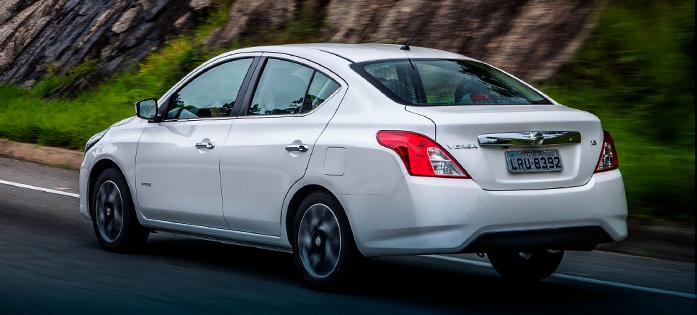 Carro para trabalhar com aplicativos: Nissan Versa